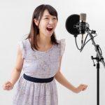 """ペットボトルがまさかの大活躍!? 自宅でできる""""大声を出さない""""歌唱トレーニング方法!"""