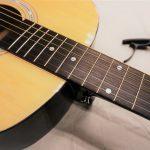 重要なのは楽器本体だけじゃない! ギター初心者がまず揃えるべきグッズには何があるの?